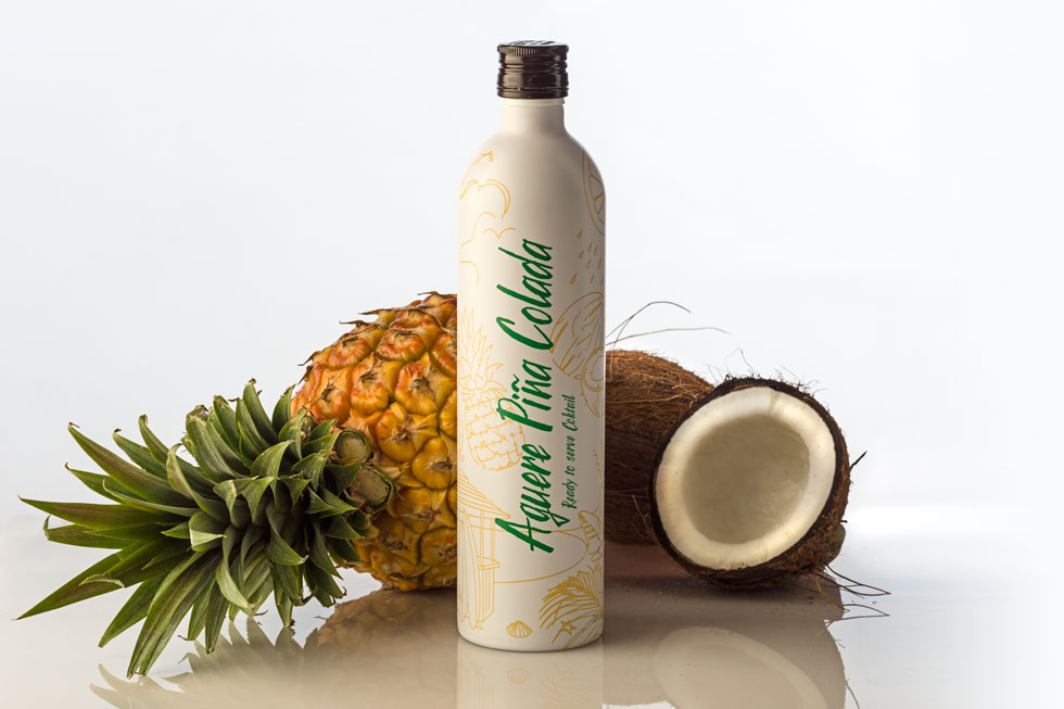 Packaging Ron Aguere Piña Colada Bodegón